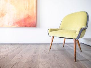 Magri Parquet Modern living room Grey