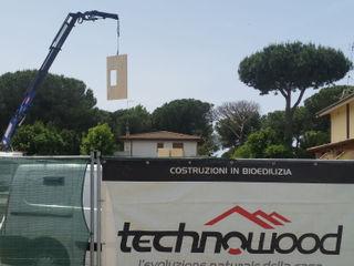 Quadrifamiliare a Roma località Infernetto Technowood srl Case moderne Legno