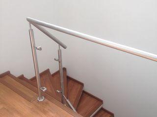 Erick Becerra Arquitecto Stairs Wood-Plastic Composite Wood effect
