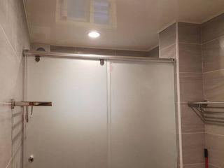 藝舍室內裝修設計工程有限公司 Casas de banho modernas