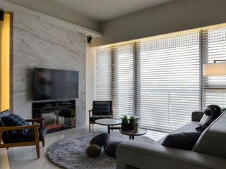 時間 詩賦室內設計 现代客厅設計點子、靈感 & 圖片