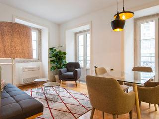 Traço Magenta - Design de Interiores SalonAccessoires & décorations Rouge