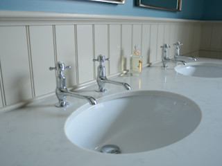 MAster Vanity Cabinet Willow Tree Interiors BathroomFittings Kayu Beige