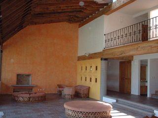 SERCOYDE SA DE CV Casas de campo Madera Acabado en madera