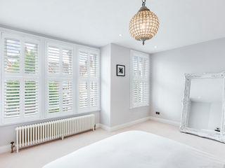 A Wonderfully Pristine Home in Battersea Plantation Shutters Ltd Phòng ngủ phong cách hiện đại Gỗ White