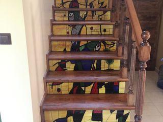 Mozaik Sanat Evi Corredor, hall e escadasEscadas