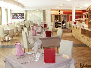 Arredamenti Brigadoi 餐廳桌子 木頭