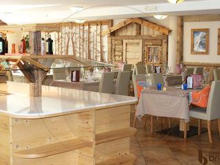 Arredamenti Brigadoi 餐廳櫥櫃 木頭