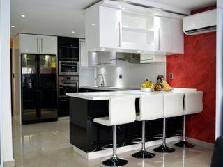 homify Built-in kitchens Quartz Black