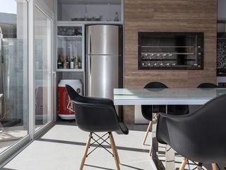 Edícula Gourmet Rabisco Arquitetura Garagens e edículas modernas Vidro Transparente