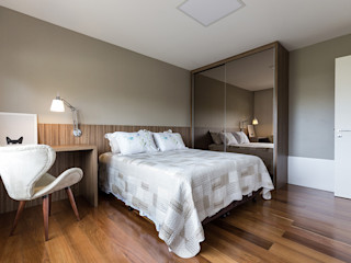 Hóspedes com Conforto Rabisco Arquitetura Quartos modernos MDF Efeito de madeira