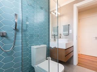 Suíte do Menino Rabisco Arquitetura Banheiros modernos