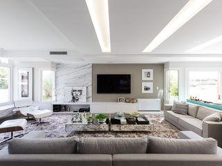 Rabisco Arquitetura Salas de estar modernas Mármore Branco