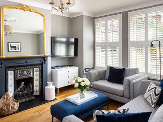 Could this be Twickenham's Most Stylish Home? Plantation Shutters Ltd Phòng khách Gỗ White
