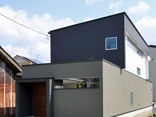 福田康紀建築計画 Modern houses Iron/Steel Black
