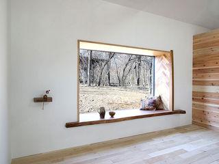 NASU CLUB Wooden windows Wood Wood effect