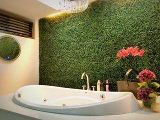 SNS Lush Designs and Home Decor Consultancy Bagno eclettico
