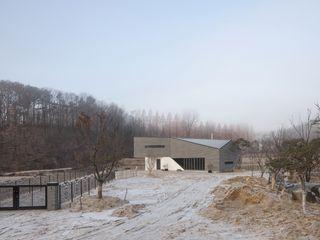 'Snow AIDe Будинки Сірий