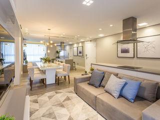 Juliana Agner Arquitetura e Interiores Living roomSofas & armchairs Textile White