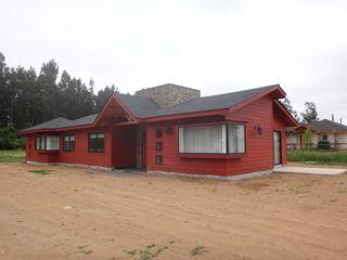 Vivienda Andwanter por ARKITEKTURA ARKITEKTURA Casas unifamiliares Compuestos de madera y plástico Rojo