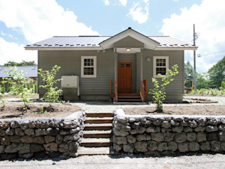 (有)岳建築設計 Colonial style houses