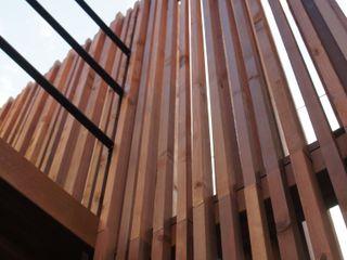 一級建築士事務所A-SA工房 Tường & sàn phong cách hiện đại Gỗ Wood effect