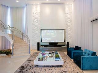 Residência Alphaville Fortaleza RI Arquitetura Salas de estar modernas
