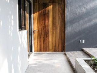 Remodelacion San Antonio INDICO Puertas de madera Madera Acabado en madera