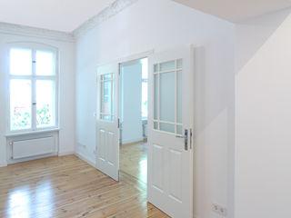 Komplettsanierung einer Altbauwohnung in Berlin-Steglitz Holzeco GmbH   Haus- & Wohnungssanierung   Komplettsanierung von A - Z Klassische Wohnzimmer