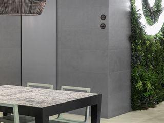 Wonder Wall - Jardins Verticais e Plantas Artificiais Balcon, Veranda & Terrasse modernes