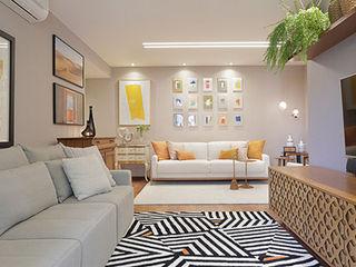 Paula Müller Arquitetura e Design de Interiores Modern living room Wood Grey