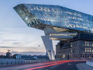 德國旭格國際建材 Industrial style office buildings Glass Blue
