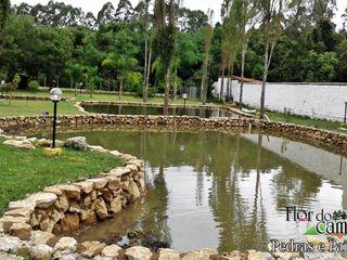 Flor do Campo Pedras e Paisagismo بركة مائية
