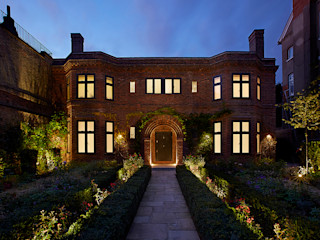 Heath House Patalab Architecture Casas de estilo clásico Ladrillos Marrón