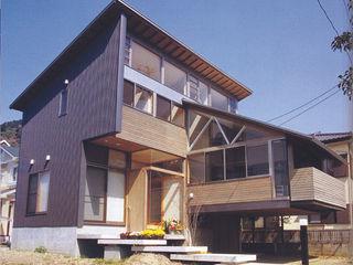 原 空間工作所 HARA Urban Space Factory Moderne Häuser Glas Transparent