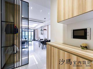 沙瑪室內裝修有限公司 Scandinavian style corridor, hallway& stairs