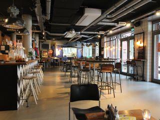 PU Mix betonlook gietvloer voor horecaondernemingen Motion Gietvloeren Industriële bars & clubs Kunststof Grijs