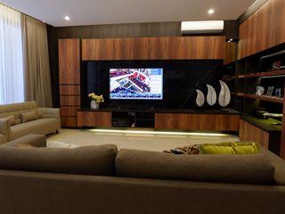 Modern Masculine house Exxo interior Ruang Keluarga Modern Batu Black