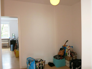 Tschangizian Home Staging & Redesign Koridor & Tangga Minimalis