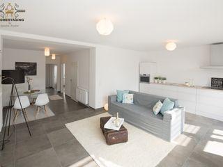 HOMESTAGING Sandra Fischer Living roomSofas & armchairs Paper Grey