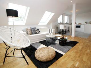 HOMESTAGING Sandra Fischer Living roomSofas & armchairs Natural Fibre Beige