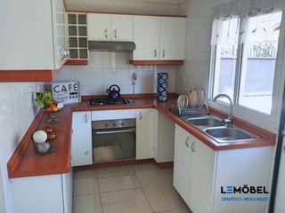 Servicios Mobiliarios LeMöbel SpA KitchenStorage