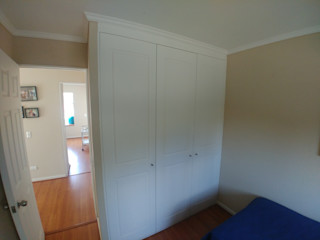 Servicios Mobiliarios LeMöbel SpA Dressing roomWardrobes & drawers