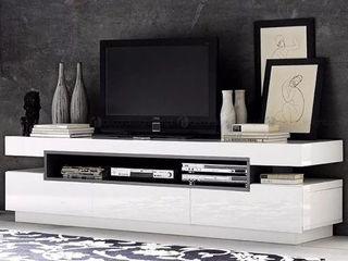 Decordesign Interiores ВітальняПідставки для телевізорів та шафи MDF Білий