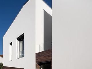 Casa Coimbra A2+ ARQUITECTOS Habitações multifamiliares