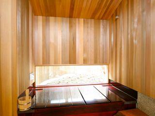 株式会社高野設計工房 Asian style bathroom