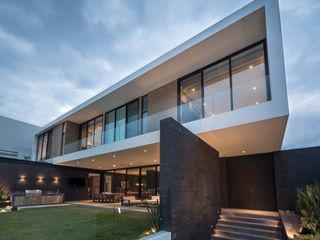 GLR Arquitectos 일세대용 주택 화이트