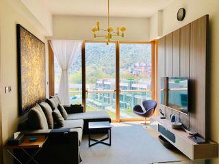 Mount Pavilia | 清水灣傲瀧 Nelson W Design Salas modernas Contrachapado Marrón