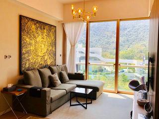 Mount Pavilia | 清水灣傲瀧 Nelson W Design Salas modernas
