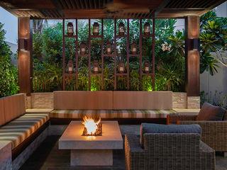 Mudon Villa Dubai Hortus Landscaping Works LLC Modern houses